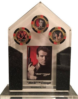Inkworks James Bond: The World Is Not Enough   Lucite; #'d to 100; 3 casino chips and card #1; gift to dealers